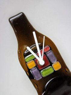 Mini Relógio garrafa de vidro  Linha fantasia  PRODUTO RECICLADO R$ 35,00