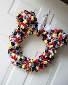 minnie mouse ribbon wreath