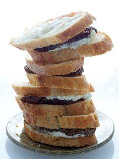 Mini Tenderloin Sandwiches. #appetizer http://www.ivillage.com/easy-appetizer-ideas/3-b-339970#339982