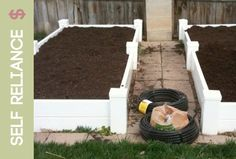How to Build a Vinyl Square Food Garden Box   from Food Storage Made Easy