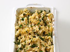 Lightened-Up Mac and Cheese from #FNMag #myplate #grains #dairy