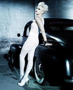 ☆ Gwen Stefani | Photography by Michelangelo Di Battista | For InStyle Magazine | April 2010 ☆ #gwenstefani #michelangelodibattista #instylemagazine #2010