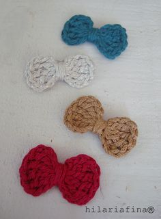 Crocheting Little Bows.The cool thing is that they are very very easy to make and once you get started you won't know how to stop! ❥ 4U // hf