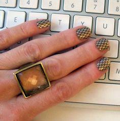 Sally Hansen Salon Effects manicure