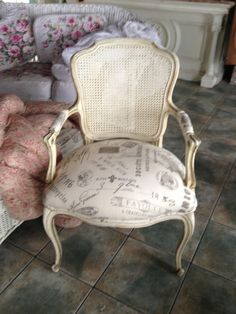 Vintage Hollywood Chair French Script Fabric