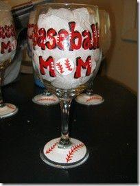 mom gifts, softball mom, baseball mom, team mom, wine glass