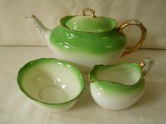 English - Royal Albert Teapot + Milk & Sugar for sale in Port Elizabeth (ID:134533366)