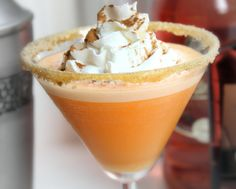 One of our favorite fall recipes - Pumpkin Cheesecaketini @Marguerite Carroll