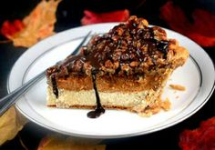 Three Thanksgiving Pies in One – Cheesecake Pumpkin Pecan Pie