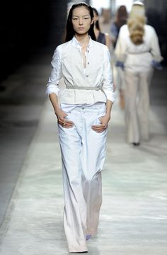 white by Dries.