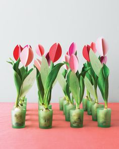 Tulip bulb favors that double as escort cards.