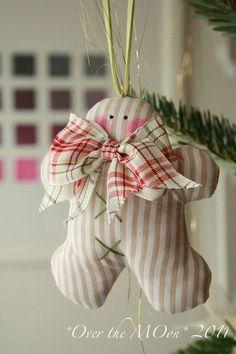 Gingerbread Man Tree Ornament ...<3