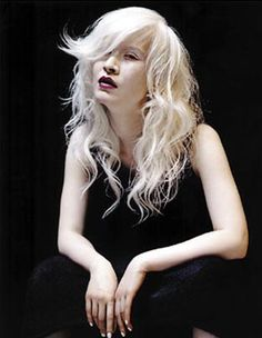 Connie Chiu - fashion model in China with albinism