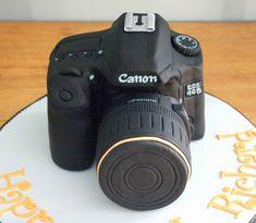 Camera Cake - Canon