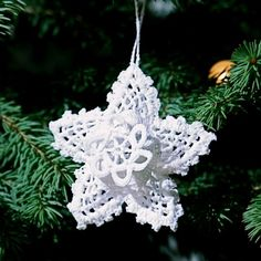 These gorgeous hand crocheted Star of Bethlehem is perfect for your Christmas Tree or a Christmas table decoration.