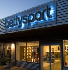 For all of you yogis, Bettysport has the best gear for you. They have trendy outfits, fair prices and community yoga classes in the store on Thursdays.