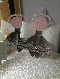 Video Tutorial - Making a Christmas Angel Decoration with the Bow Die