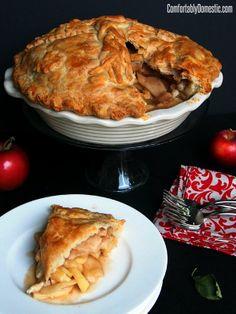 Mile High Deep Dish Apple Pie | ComfortablyDomestic.com