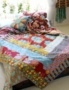 Anna Maria Horner Flannels.  This quilt is just a giant log cabin block - rather lovely.