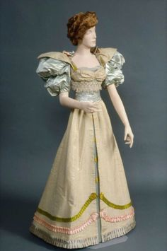 Evening dress by Maison Manchon Roland, circa 1895, MFA Boston
