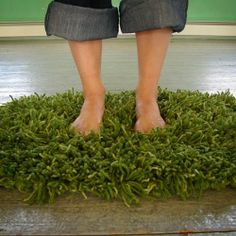 Grass rug- - maybe take old t-shirt and do t-shirt rug in green?