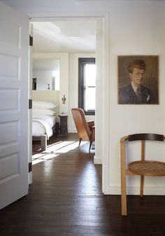 4 style lessons from the minimalist masculine Dean Hotel // #vintage #portrait #sophistication