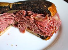 Corned Beef Sandwich, Chief O'Neill's, Chicago, Photo: SeriousEats.com