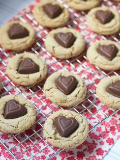 Heart-Shaped Desserts for Valentine's Day #valentinesday #desserts #recipes