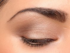 Tom Ford Nude Dip Eye Color Quad Review, Photos, Swatches