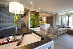 Green Cube - LEED Platinum Showhome modern family room