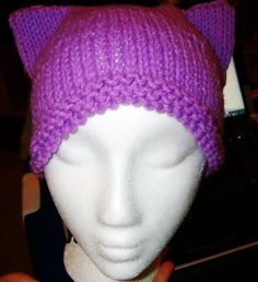 The Easiest Kitty Hat You Will Ever Knit. #howto #tutorial