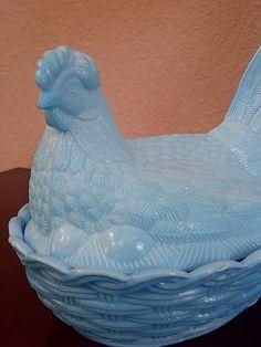 Illinois Glass Blue Hen on Nest by maggiecastillo on Etsy, $20.00