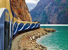 Rocky Mountaineer. Train-ing through the Canadian rocky mountains.