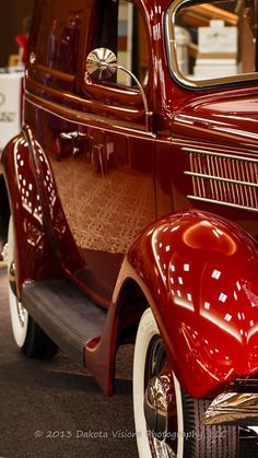 Counts Of Cobblestone Car Show