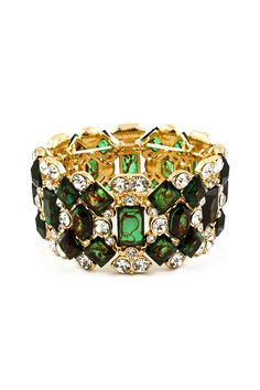 Absolutely gorgeous!  #Green #Emerald  #Jewelry