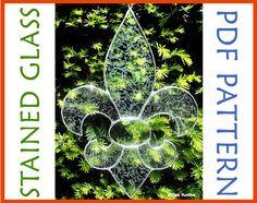 Stained Glass Fleur de lis Suncatcher Pattern PDF.  Bring a little taste of the Renaissance Faire into your home!