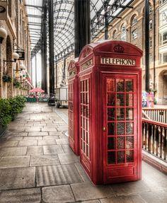 #London #England #Red #TelephoneBooth #UnitedKingdom