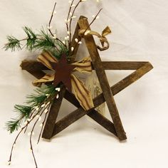 "9"" Lath Star with Rustic Star"