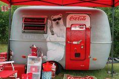 camper, trailer, cocacola