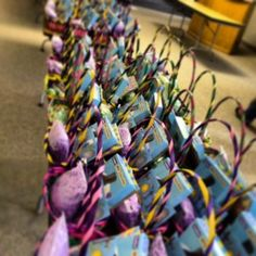 Holy Week- the perfect time for random acts of kindness! Thanks for the ideas @Karen Jacot Ehman