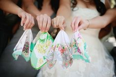 Vintage Handkerchiefs :  wedding accessories bridesmaid gifts handkerchiefs hankies hanky vintage Floral Hankies