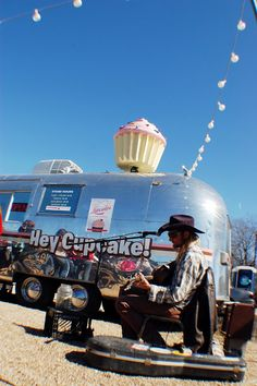 Cupcakes and Airstreams. Austin, TX
