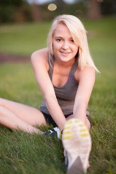 cross country senior portrait of girl - Tavia Larson Photography in Harrisburg, PA