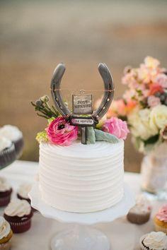Lucky horseshoe wedding cake topper.