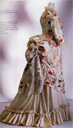 a dress made from a kimono. It is not known if it was made for a japanese or a western woman.