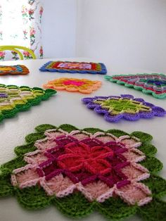 Free pattern for Wool-eater Squares & Oblong Blanket.