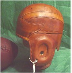 RUST GULL WING LEATHER HELMET WORN BY MANY OF THE IVY LEAGUE SCHOOLS