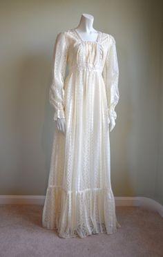 Gunne Sax Style // Cream Lace // Wedding Dress