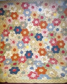 "Gorgeous Vintage Honeycomb Patch Endless Chain Simplicity's Delight Quilt   eBay seller eastexasantiques, 103"" x 107"""