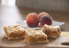 Peach Crumb Bars Recipe made from fresh peaches